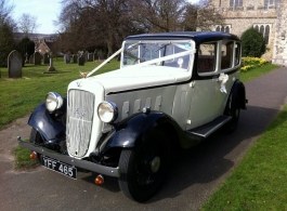 Vintage 1935 Austin for weddings in Maidenhead
